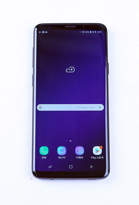 갤럭시 S9+ 전면